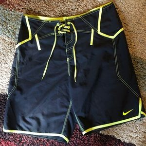 Men's Nike Shorts Size 34